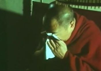 Dalai_Lama_Cries_immolation_tibet_china