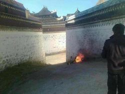 Self-immolation-labrang