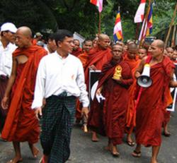Burmese_monks